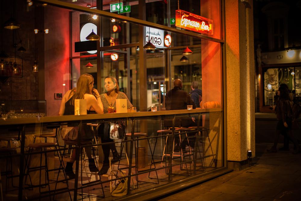 London-bar